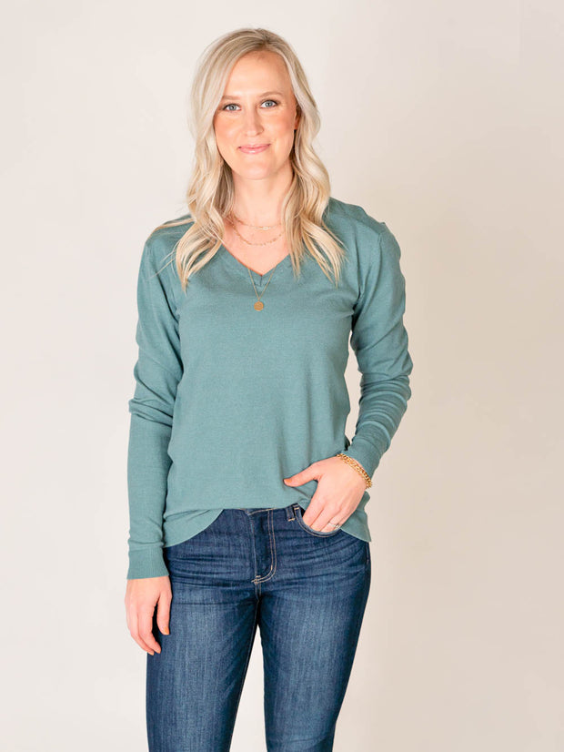 Tall V-neck sweater in teal green for women