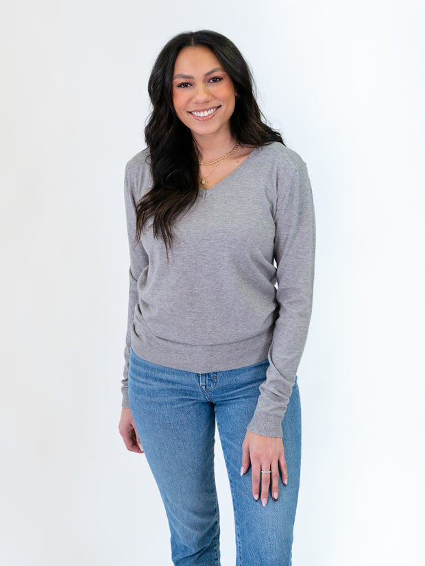 Grey V-neck sweater for tall