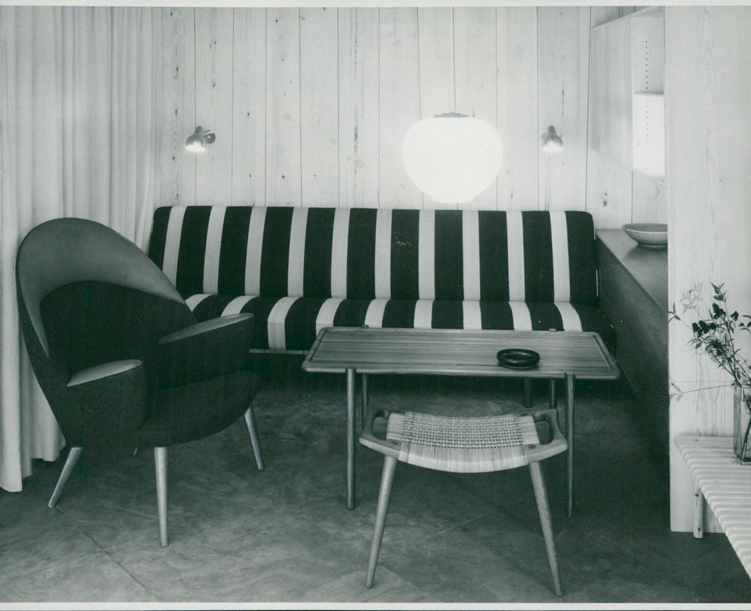 Living Room with furniture by Hans Wegner - original vintage press photograph