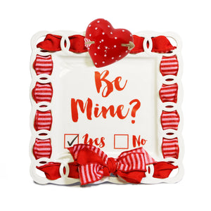 "Valentine's Day Red Heart & Arrow ""Be Mine"" Kit:  Topper, Cling and 2-Ribbon Pack"