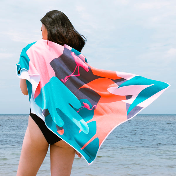 Beach Therapy Towel (Landscape Flamingo)