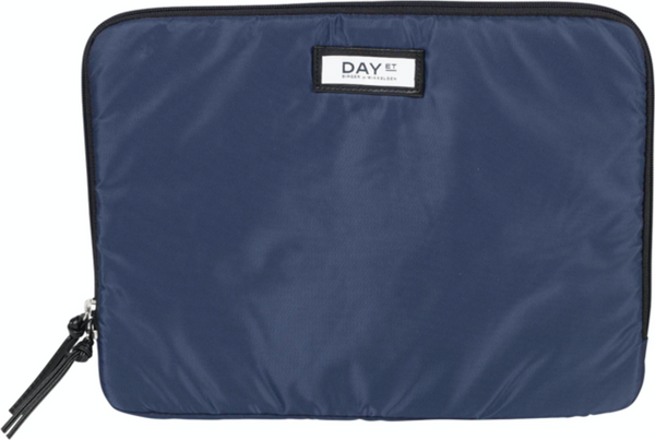 Day Gweneth Pc cover 13 Functional Bag