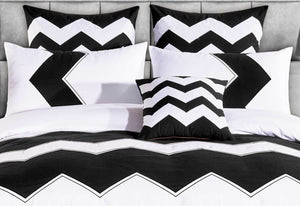 Napoli Black and White Quilt Cover Set