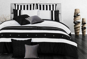 Rezzo Black White Quilt Cover Set in King or Queen or Super king Size Option