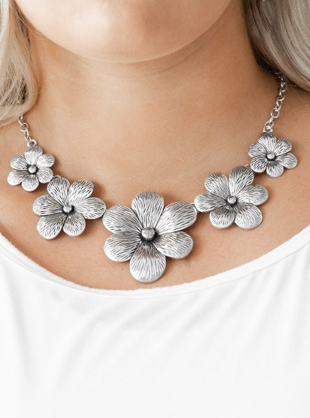 "Paparazzi Accessories - Paparazzi ""Secret Garden"" Silver Floral Necklace and Earring Set - Necklaces"