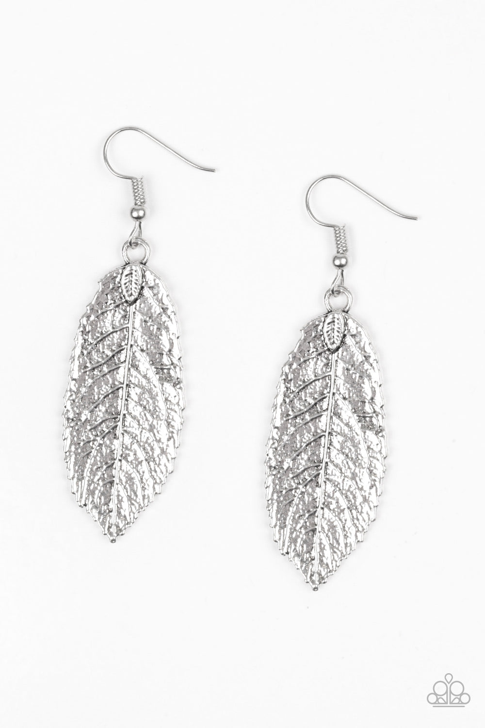 "Paparazzi Accessories - Paparazzi ""We Gatherer Together"" Silver Leaf Earring - Earrings"
