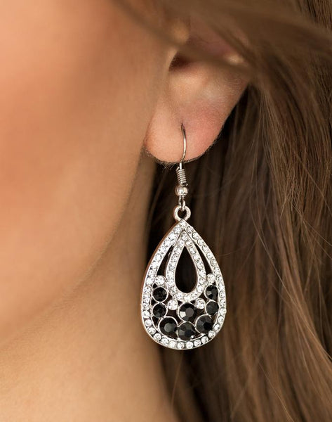 Paparazzi Accessories - Paparazzi Earring - Sparkling Stardom - Black - Earrings