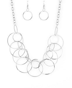 Paparazzi Accessories - Paparazzi | Circa de Couture | Silver Hoop Necklace and Earring Set - Necklaces