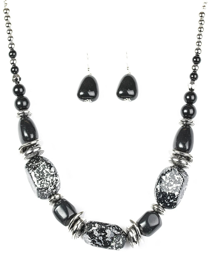Paparazzi Accessories - Paparazzi Necklace -  In Good Glazes - Black - Necklaces