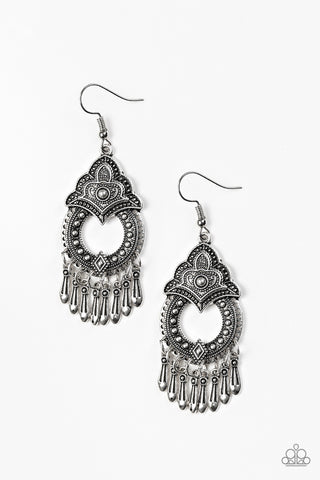 Paparazzi Accessories - Paparazzi New Delhi Native - Silver Tassel Earring - Earrings