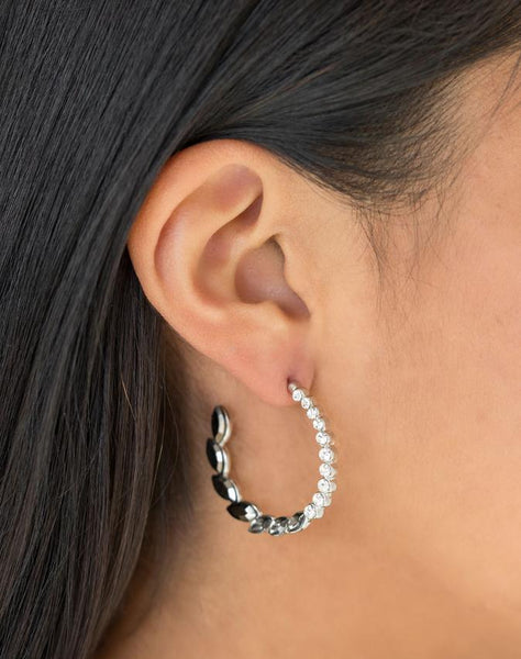"Paparazzi Accessories - Paparazzi ""Prime Time Princess"" - Silver - Earrings"