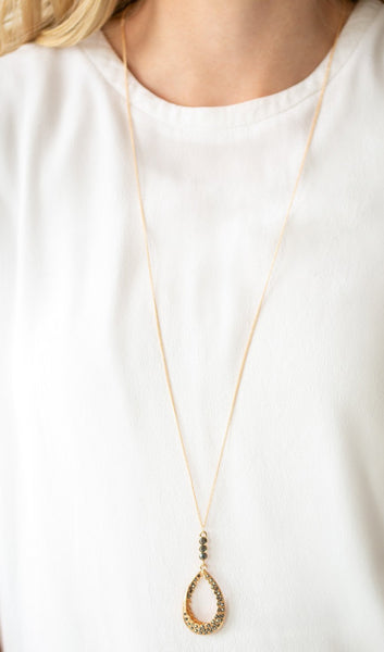 Paparazzi Accessories - Red Carpet Royal - White Necklace - Necklaces