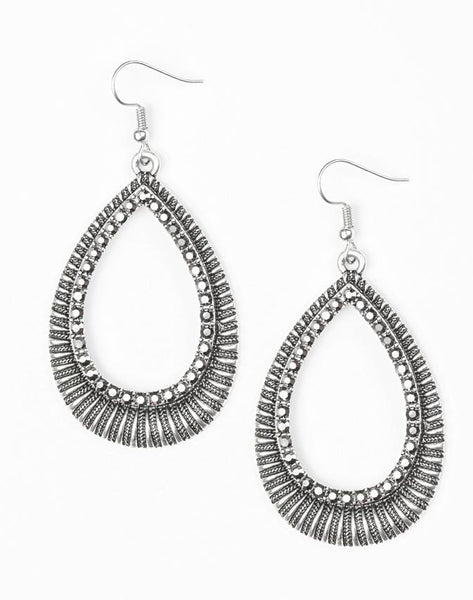 Paparazzi Accessories - Paparazzi Earring - Right As REIGN - Silver - Earrings