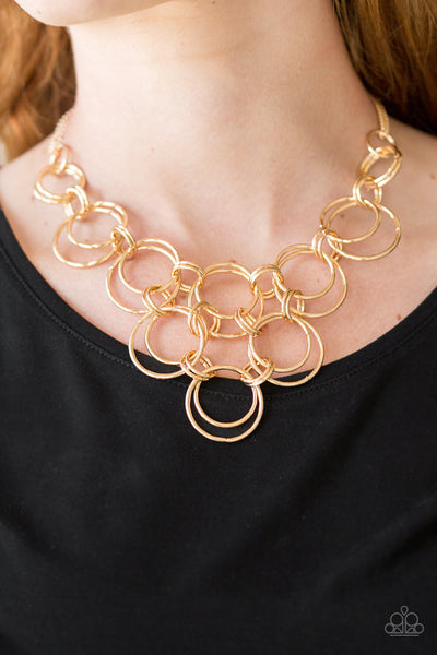 Paparazzi Accessories - Paparazzi | Ringing Off The Hook | Gold Hoop Necklace and Earring Set - Necklaces