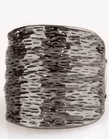 "Paparazzi Accessories - Paparazzi ""Paleo Patterns"" - Black Ripple Ring - Rings"
