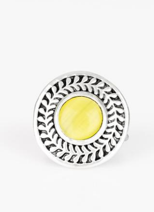 "Paparazzi Accessories - Paparazzi ""Garden Garland"" - Yellow Moonstone Ring - Rings"