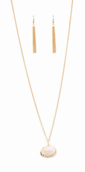"Paparazzi Accessories - Paparazzi ""Show and SHELL"" - Gold - Necklaces"
