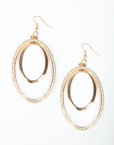 "Paparazzi Accessories - Paparazzi ""Wrapped In Wealth"" - Gold Earring - Earrings"