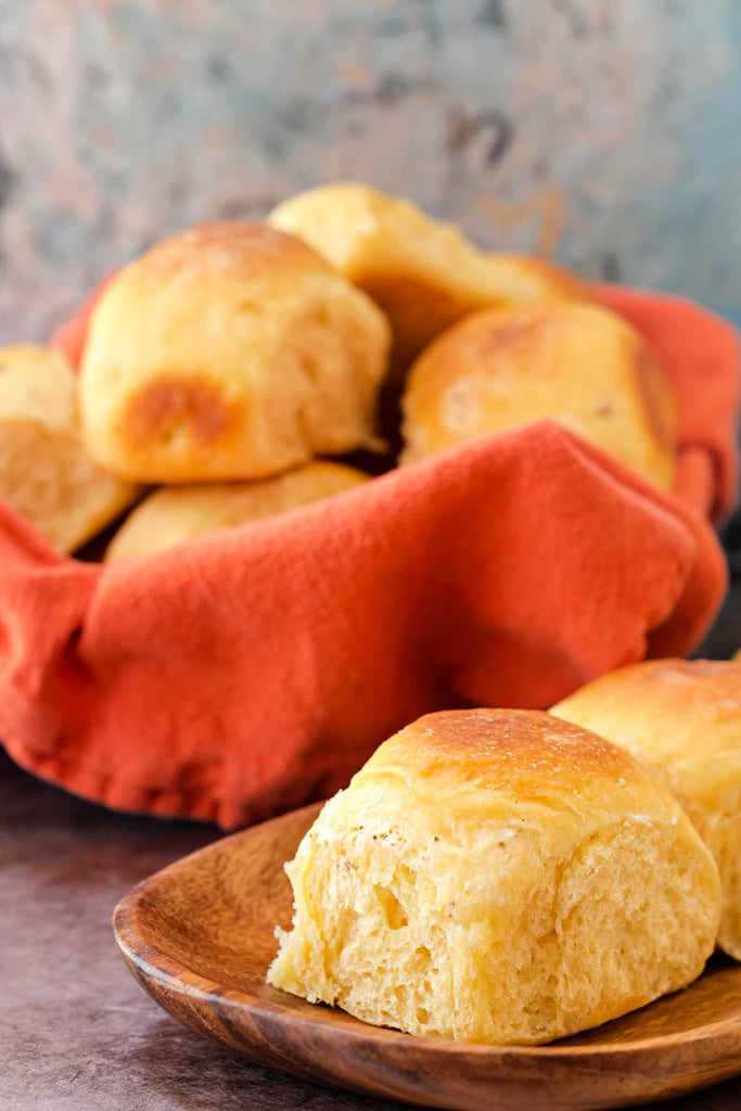 Today, I'm bringing you some absolutely delicious potato cheese rolls, friends