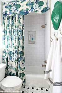 DIY SHOWER CURTAIN AND CORNICE BOARD TUTORIAL