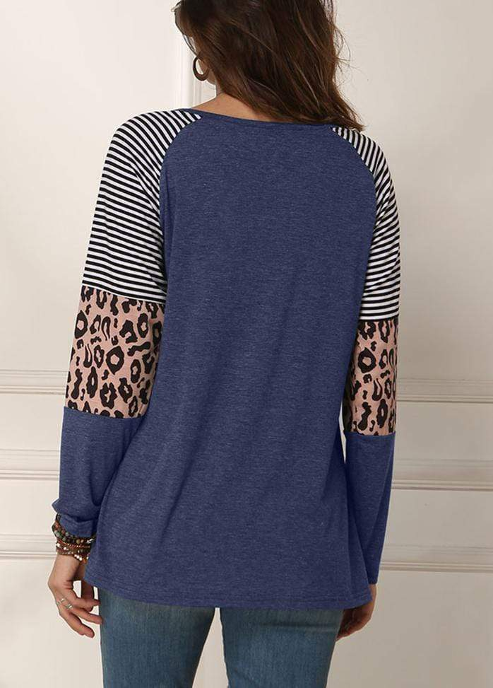 Cut Out Side Knot T-shirt