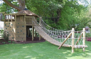 Good-Looking Tree House Slide