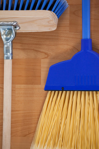 Broom Holder Buying Guide