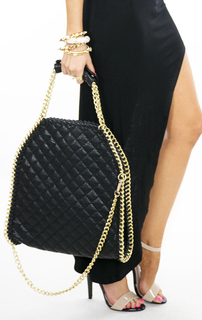 QUILTED LARGE TOTE BAG WITH GOLD CHAINS - Black