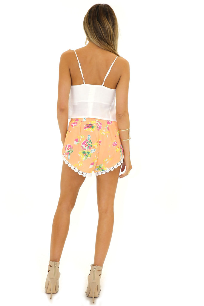 HUNTER LACE TRIM FLORAL SHORTS