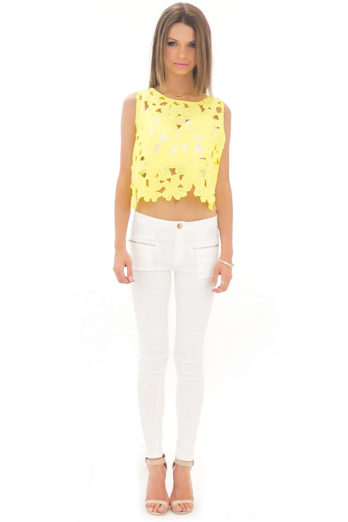 ELLI FLOWER LACE CROP TOP - YELLOW