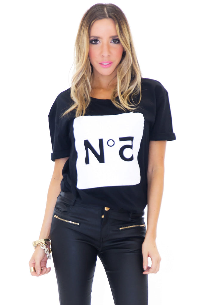 CLASSIC NO. 5 TEE SHIRT - BLACK - Haute & Rebellious