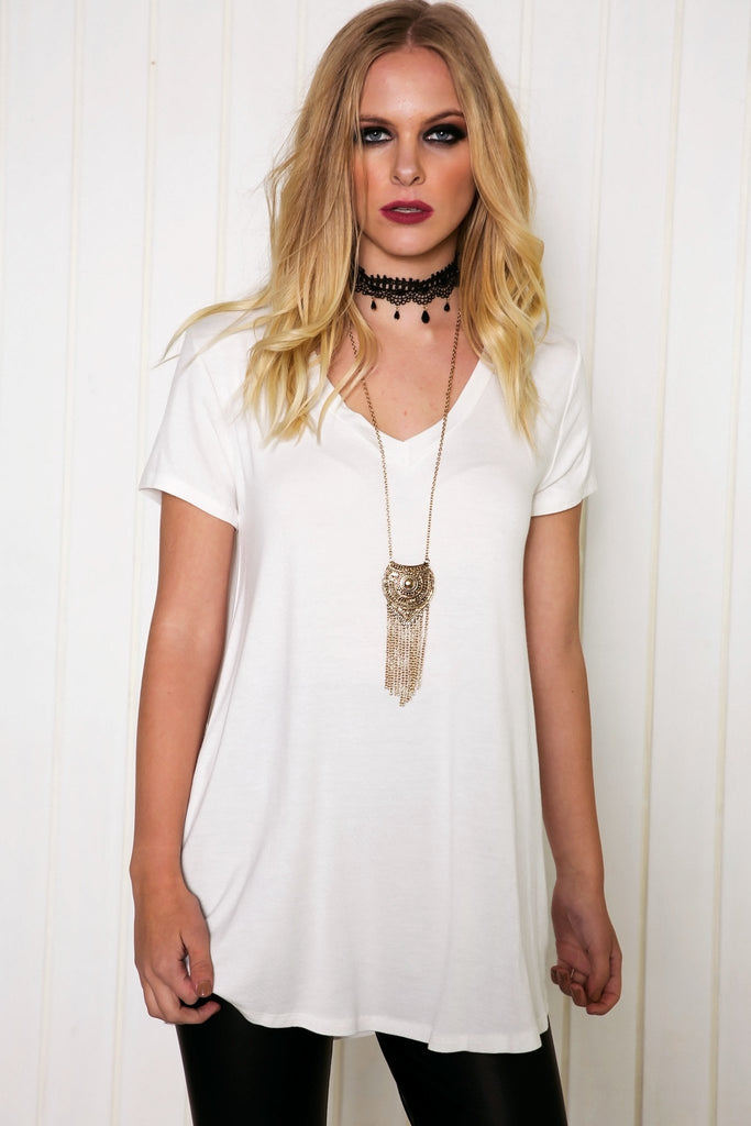 Maurah V-Neck Tee - White - Haute & Rebellious