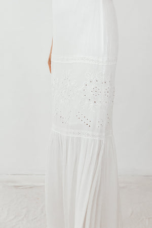 Off-Shoulder Embroidery Maxi Dress