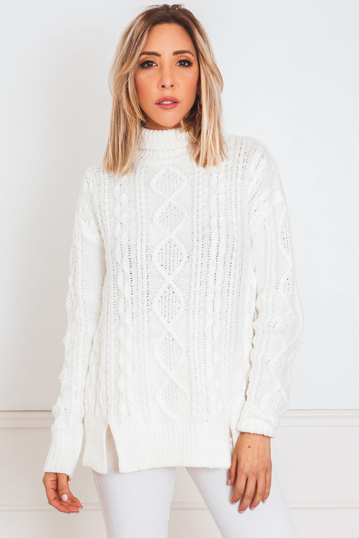 Cableknit Turtleneck Sweater - White /// Only 1-L Left ///