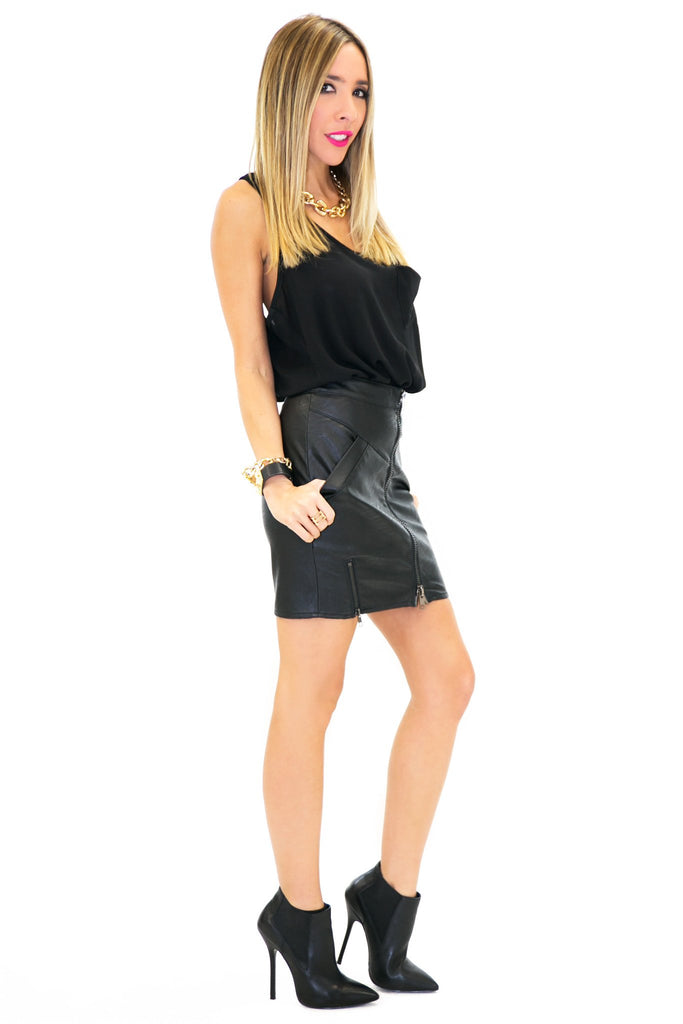 FRONT ZIPPER MINI LEATHER SKIRT - Black