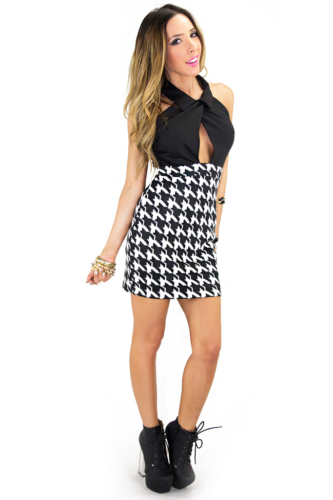 MANDARIN COLLAR BODYCON DRESS