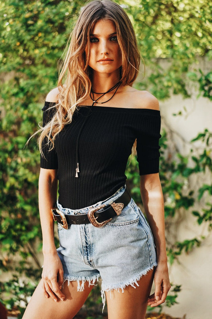 Damn Girl Off-Shoulder Ribbed Top - Black