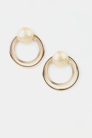 LEAVING WITHOUT YOU CIRCLE EARRINGS - GOLD - Haute & Rebellious