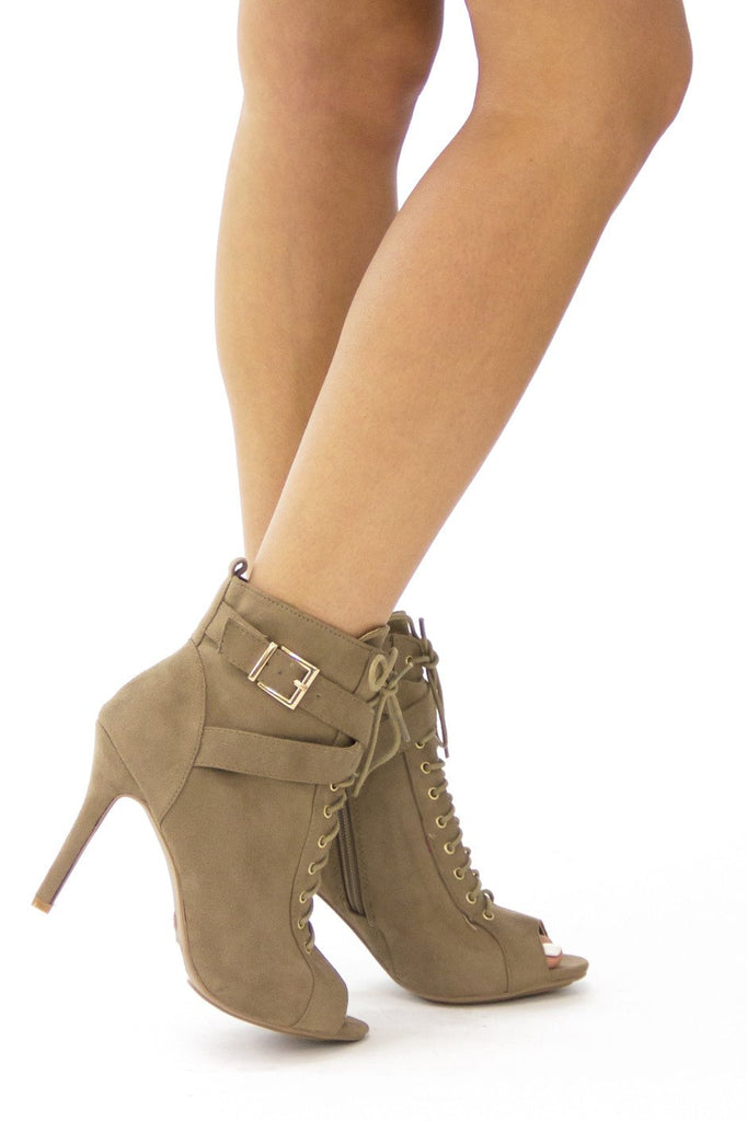MAISON LACE UP BOOTIE - Beige