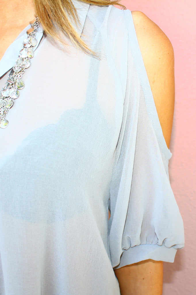 SHOULDER CUTOUT CHIFFON - Gray