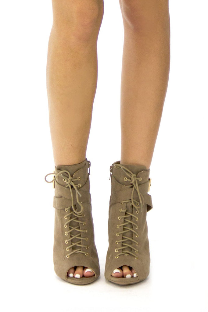 BERK SUEDE ANKLE BOOTIE - Taupe