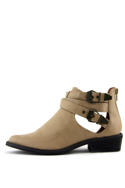 IVY TWO BUCKLE CUTOUT BOOTIE - Camel