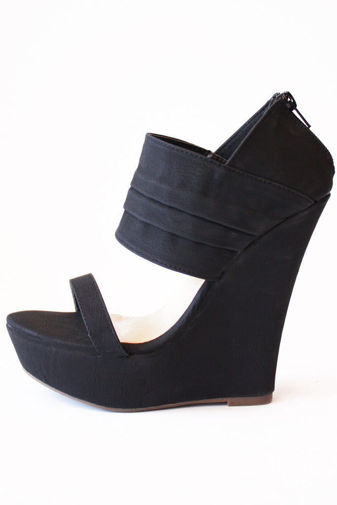 WHITNEY WEDGE-Black - Haute & Rebellious