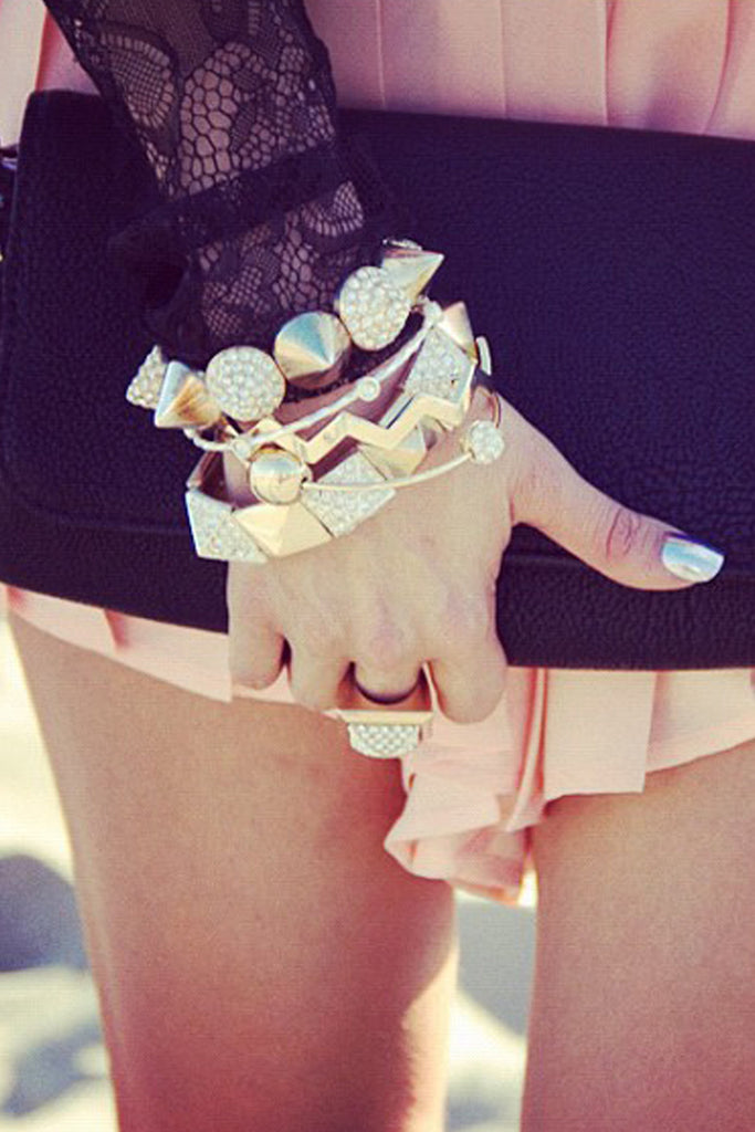 STUDDED CRYSTAL BRACELET - Gold
