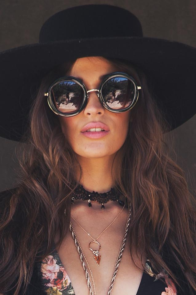Gia Circle Shades - Black/Gold - Haute & Rebellious