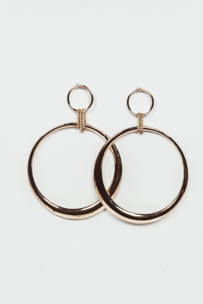 Large Hoop Earrings with Chain Detail