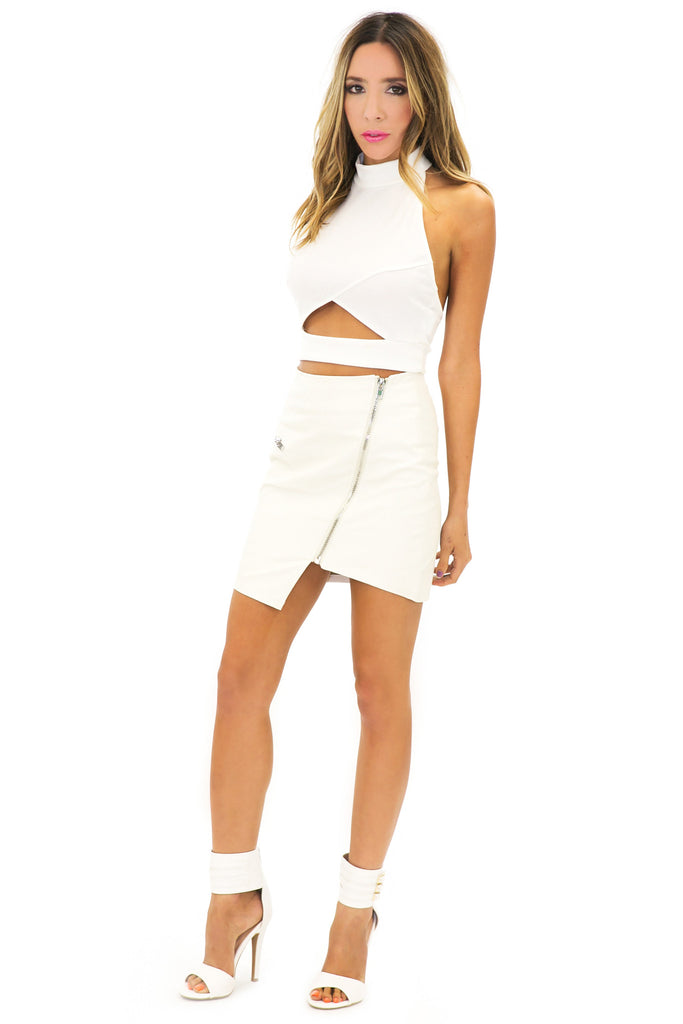 SID CUTOUT HALTER CROP TOP - White