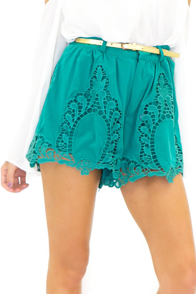 CATHERINE CROCHET DETAIL SHORTS - Green