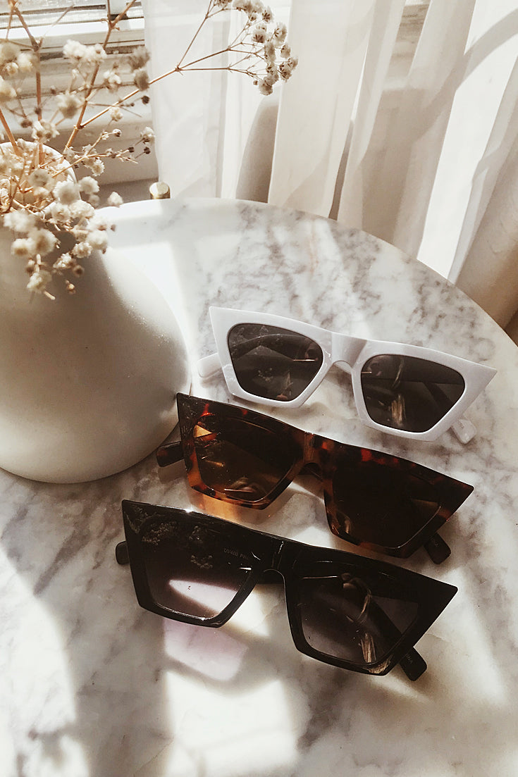 Cat-eye Sunglasses - Tortoise Shell