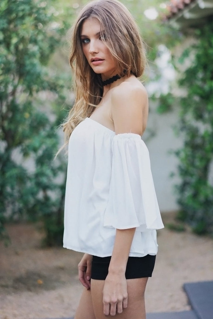 Dalia Off-Shoulder Flowy Top